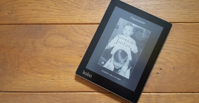 kobo aura e reader review een hele boekenkast in je tas