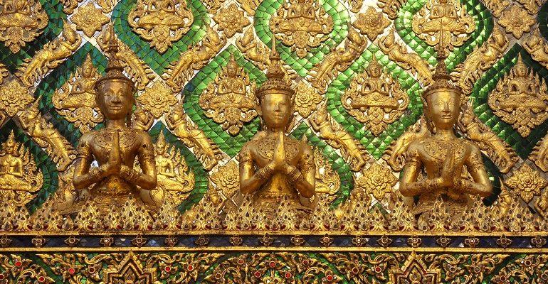 Tempels bezoeken in Thailand